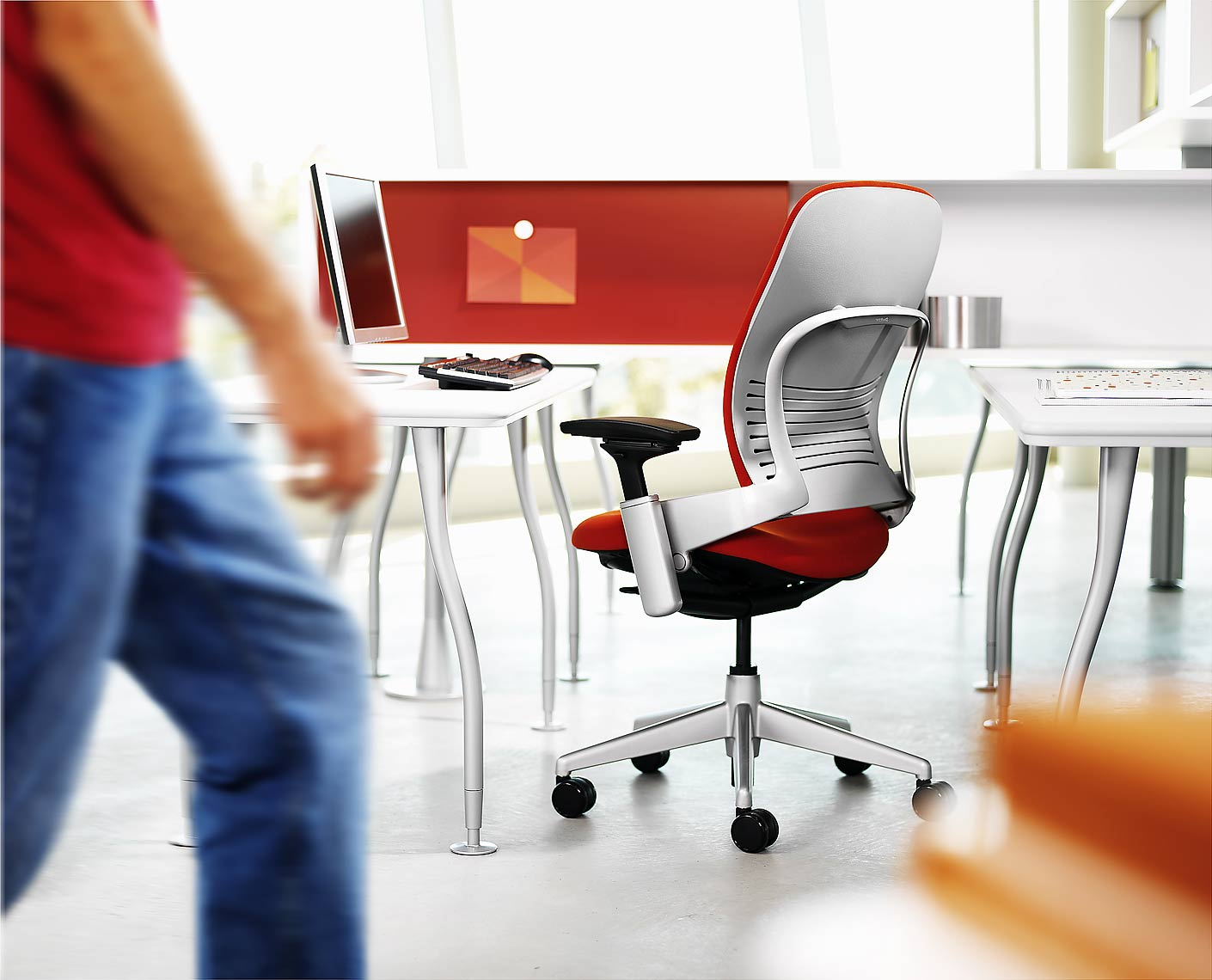 39-steelcase-greg-walking-new